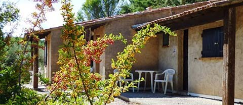 Les chambres/bungalow du Foyer de la Sainte Famille