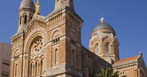 Basilique-Notre-Dame-de-la-Victoire-St-Raphael