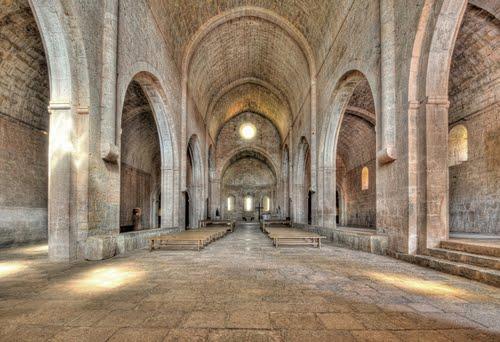 abbaye-du-thoronet02